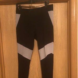 BCBG Grey/Black Leggings, Size L